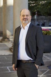 Portrait de Sami Kanaan, Maire de Genève.